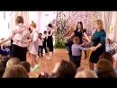 Танец на выпускном мамы с сыновьями 28 04 2017