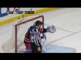 1 Претендент на Лучшую шайбу в НХЛ - Сидни Кросби бросает верхом и попадает шайбой в шлем вратаря, прямо в затылок и  в ворота)