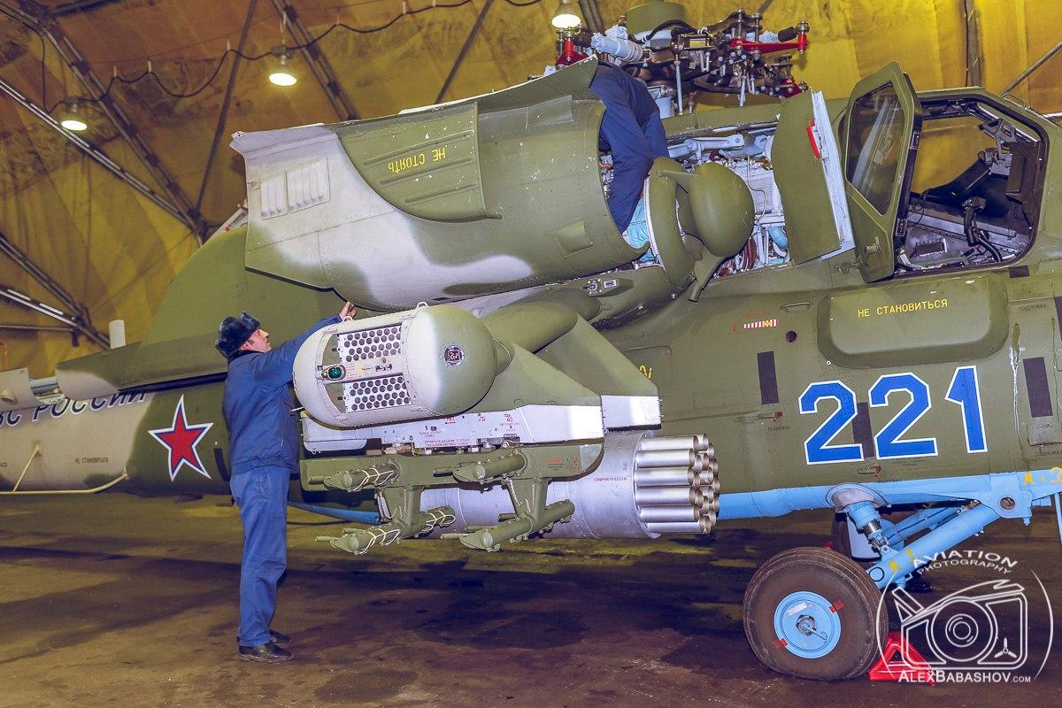 Orosz légi és kozmikus erők - Page 4 Bh6CVdcx6G8
