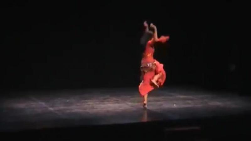 Báladi Fairuz. Danza del Vientre . Esalim 1079
