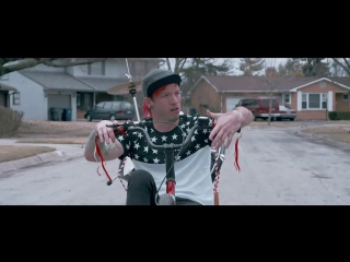Twenty one pilots- Stressed Out [OFFICIAL VIDEO]