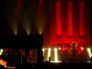 Paramore - Let the flames begin @Centrepoint Studio Sukhumvit Soi105, Bangkok 12/02/13