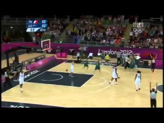 Increadible Three-Point Save For Australian Team By Belinda Snell!