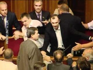 Депутаты ВР устроили кулачные бои
