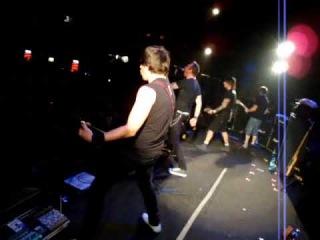 Тараканы! - То, что не убивает тебя (Live@Б1, 03/11/2009, HQ)