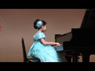 幻想即興曲 ショパン 8才 Chopin Fantasie Impromptu: 8 years old girl ( Ф.Шопен – Экспромт №4 cis-moll ''Фантазия-экспромт'', op.66))