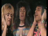 Клип Queen - Somebody To Love смотреть онлайн бесплатно