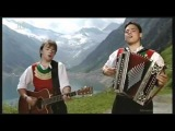 Ursprung Buam - A Bisserl Tirol