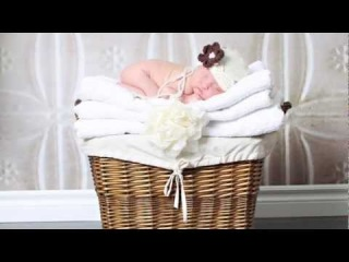 Newborn Posing Tip - Getting the most out of your session Tip Number 12 - http://vk.com/youcancanon