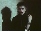 Blixa Bargeld (Einstürzende Neubauten) - 'Tomorrow belongs to me' (BERLIN NOW)