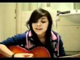 Девушка клёво поёт..3gp