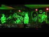 Tartila (Aerosmith) - Pink (Cover) in docker pub