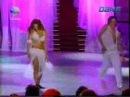 парень и девушка танцуют восточный танец-11