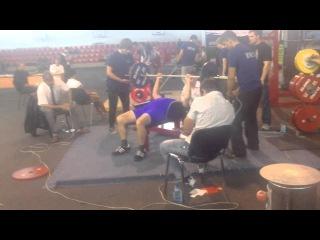 xdrish show:тренер 73 года жмет 80 на