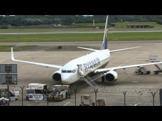 B737-800 Quick Turn Around @ Manchester Airport