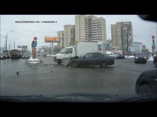 ДТП в СПб 20.02.2013 (видеорегистратор)