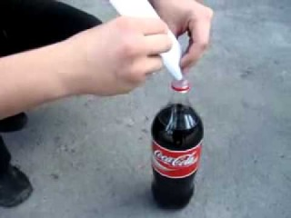 А вы хотите ментос с кока-колой? прикольно получилось