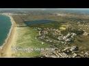 Алгарве - один из красивейших уголков Европы. Представляет собой практически непрерывную полосу пляжей, протянувшуюся с востока на запад от Монте-Горду до Лагуша около 150 км и защищённую от северных ветров горными хребтами.