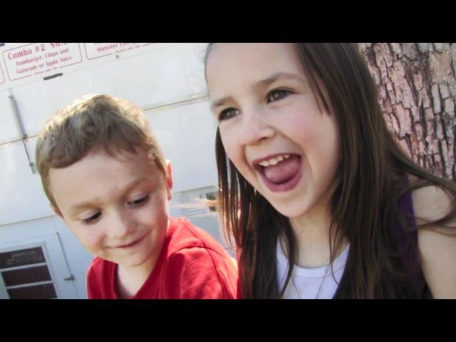 Video de niños de 5 años besandose por primera vez llena de ternura la internet