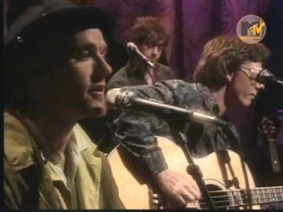 R.E.M. - Disturbance At The Heron House (Unplugged - 1991)