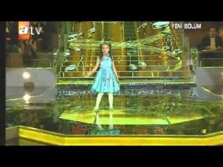 Berna Karagözoğlu - Kahverengi Gözlerin - Bir Şarkısın Sen