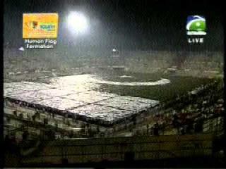 Pakistani Flag world largest flag new record.flv