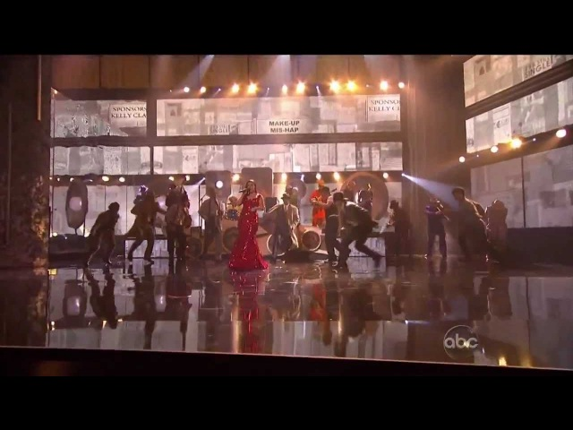 Kelly Clarkson - Mr Know It All (Live at the American Music Awards 2011)