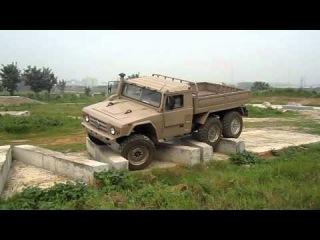 XLW2090 грузовик, вездеход и просто военый красавец-мужчина!
