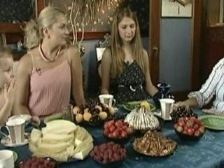 Пока все дома - Мария Порошина - Первый канал