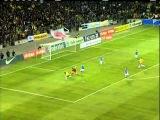 Que isso, Hulk! Neymar faz bela defesa, mas atacante pisa na bola, Brasil 2x2 Itália