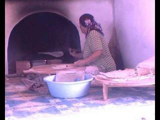 Приготовление лаваша в турецкой кафешке