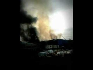 Пожар Indezit 2011год Равшан и Джамшут пожарили сало.