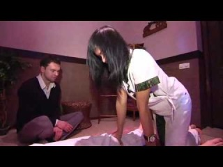 «Ранкове Espresso»: ранок з тайським масажистом