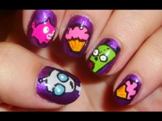 Invader Zim: Gir Nails