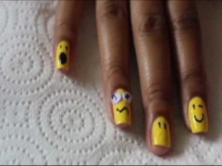 Tutorial: Smiley Face Reup Nail Art