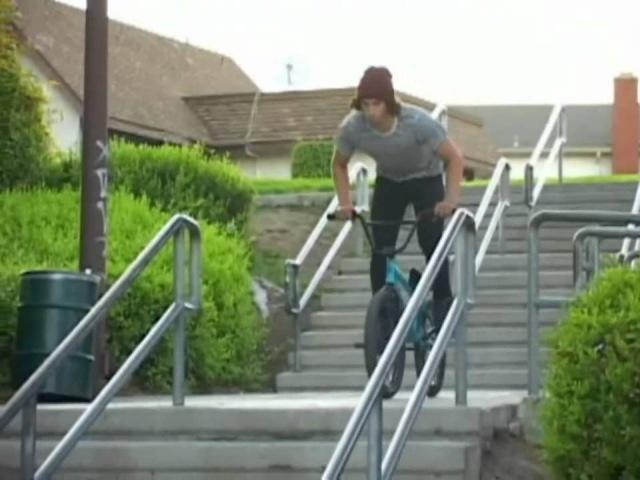 Garrett Reynolds, Sean Sexton, Tony Neyer, Rob Wise - Ride BMX Range Of Motion 2009