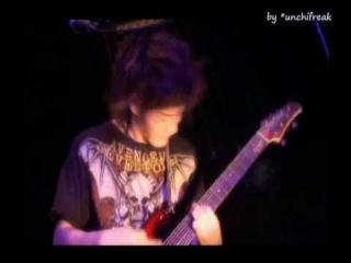 MUCC - Kimi ni sachi are [live]