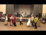 Выступление певческо-плясового коллектива