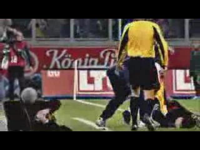 Футбольная комедия - подборка смешных моментов в футболе. www.kachi.ru