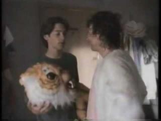 Тоби Магуайр и Кевин Коннолли в сериале Great Scott! ч.1