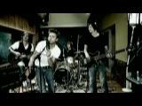 Baschi - Chinder im Chrieg - Offizieller Videoclip