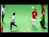 Falcao Amazing Futsal Goal Spinning Backheel Lob Free Kick (18.12.2012)