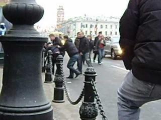 Драка русских и узбеков в Питере. И доблестная милиция!