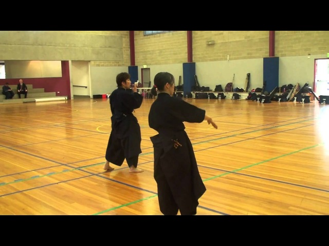 Abe Sensei 阿部先生 - Continuous Fumikomi - 追い込み 踏み込み足捌き