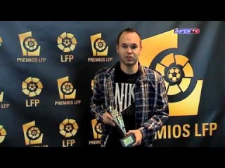 FC Barcelona- LFP give four Barça players awards