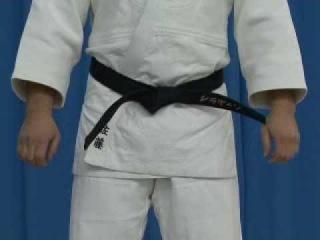 Judoforall-Основы дзюдо-Завязывание пояса