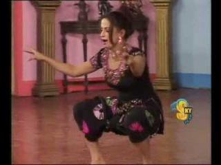 wey gujjara wey - nida chaudhry hot mujra punjabi