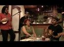 Mezrab cafe mom singing