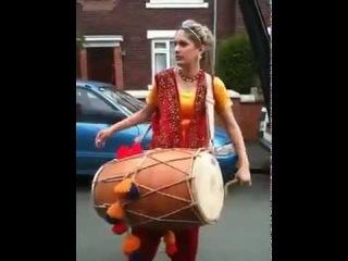 Punjabi Girl With Dhol on Rihana -Rude boy - YouTube.flv