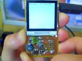 Mp3 Player With Atmega8 Vs1011a Nokia 6100 Color Display Video1_640x480